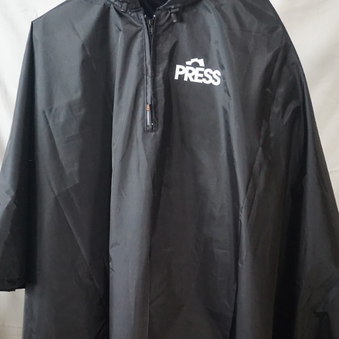 product-press-CAP-PONCHO-10