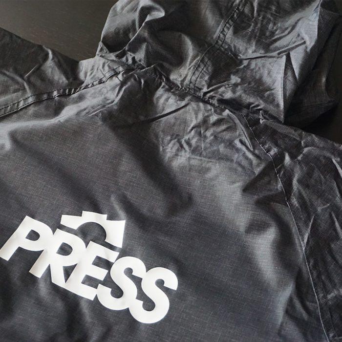 product-press-CAP-RAINPROOF-JACKET-03