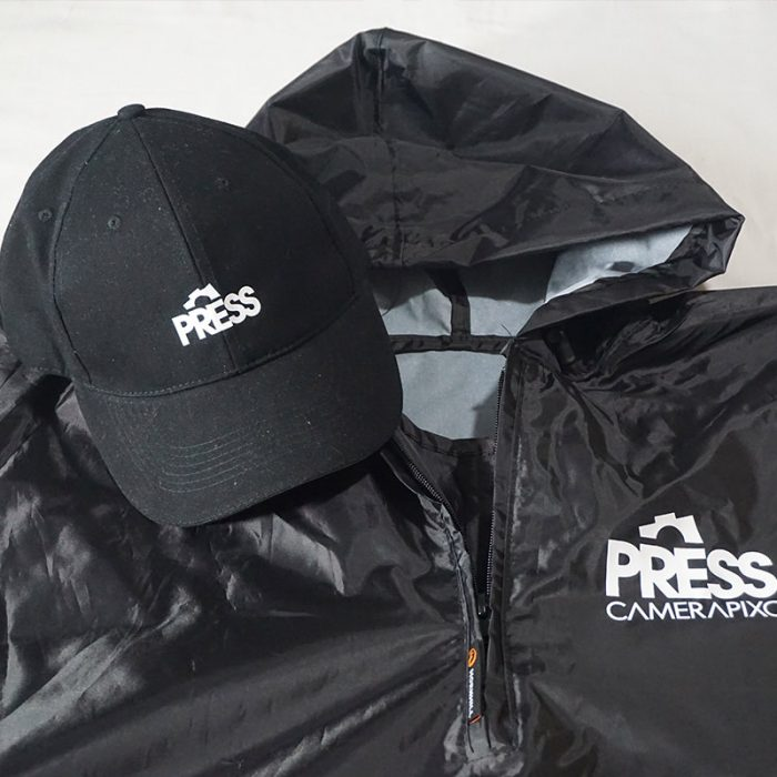 product-press-CAP-PONCHO-01
