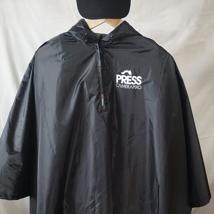 product-press-CAP-PONCHO-09