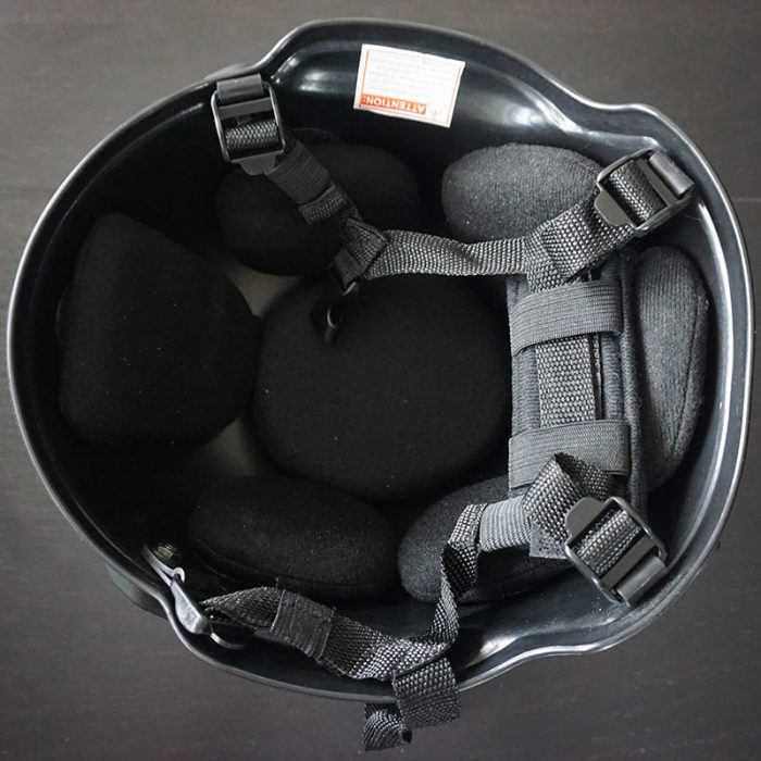 product-helmet-with-the-press-patch-7